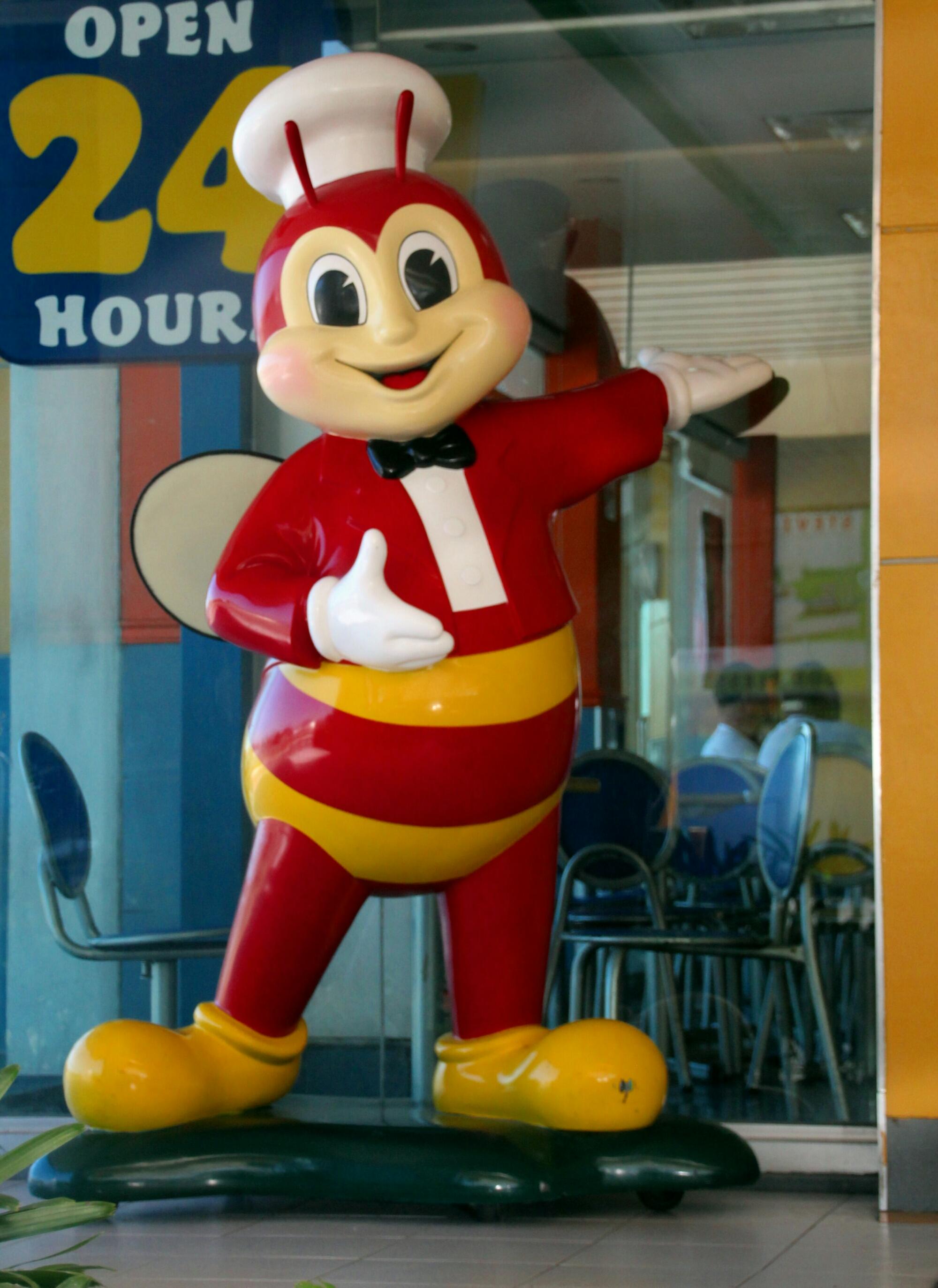 """The Jolly Bee… """"Langhap Sarap""""! – Photo ni Ompong"""