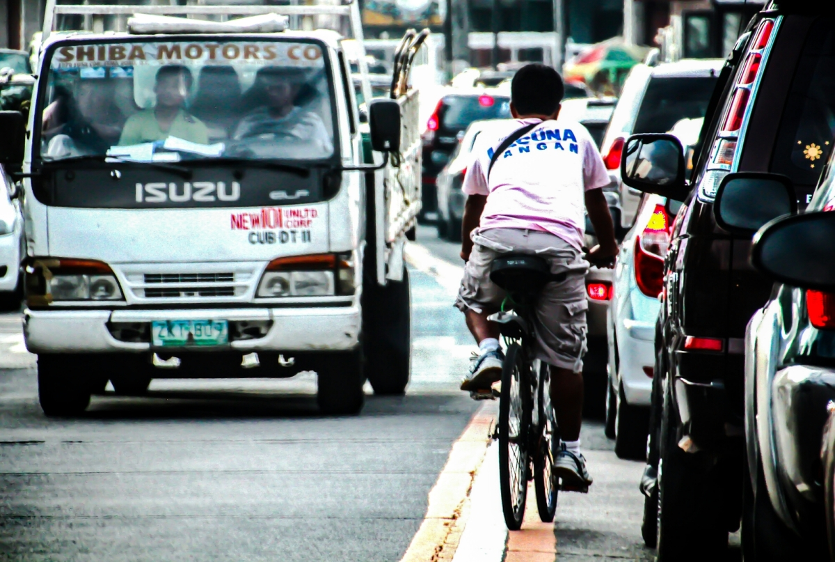 Street Photography: Beating the Traffic in Metro Manila