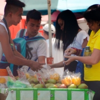 Street Photography: Mangga with Bagoong Vendor